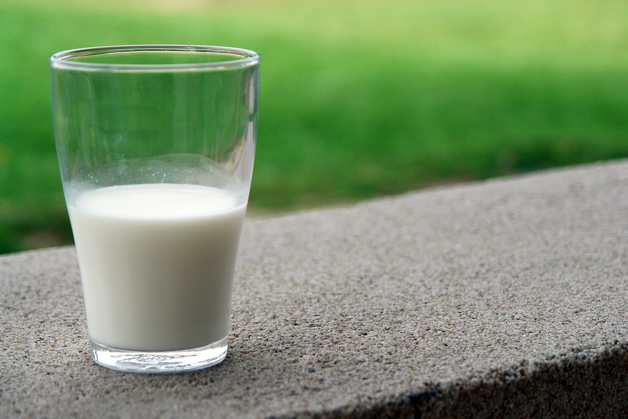 Should You Drink Raw Milk?
